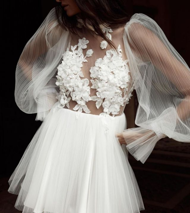 @christienicole_bridal  QLD GALLERY  TRUNK SHOW THIS WK END | July 30th- 1st August | contact@spherebridalgallery.com